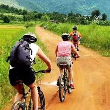 Cycling-in-Sri-Lanka